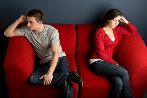 Apuntando con el Dedo: ¿Por qué Acusar Destruye las Relaciones?