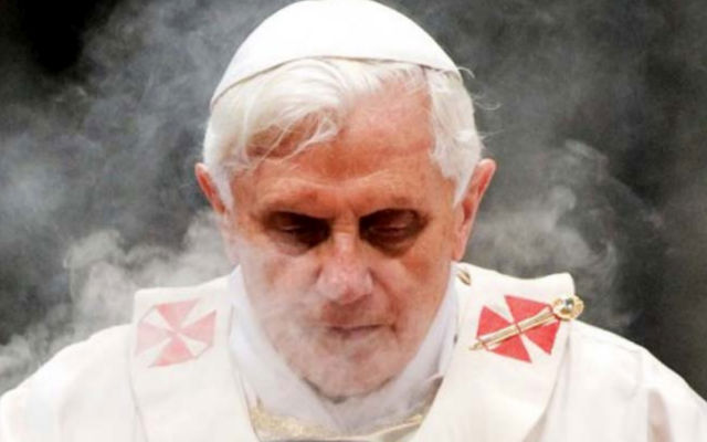 Posibles razones ante reciente Renuncia del Papa Benedicto XVI