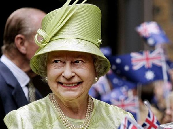 Realeza Británica y el Vaticano después de Benedicto XVI