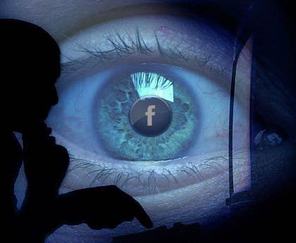 Conferencia 12: Sobre el Peligro del uso de Facebook, Twitter, Skype, Google – Temporada I